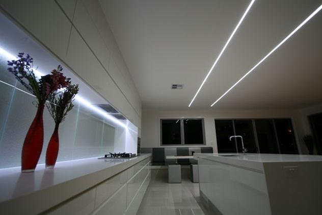 LED профиль в интерьере