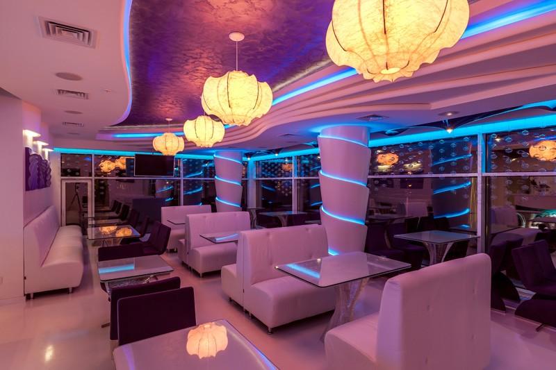светодиодная подсветка потолка, стен, колонн